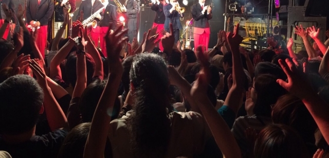 ライブハウスは死ぬのか。バンドマンは、日本のエンタメは生き残ることが出来るのか